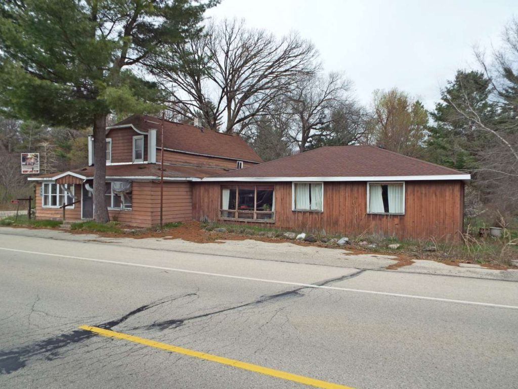 Oconto real estate for sale,Real estate for sale in Gillett Wisconsin, commercial real estate, for sale by owner, condos, house sale near me, condos for sale, commercial property for sale, home listings