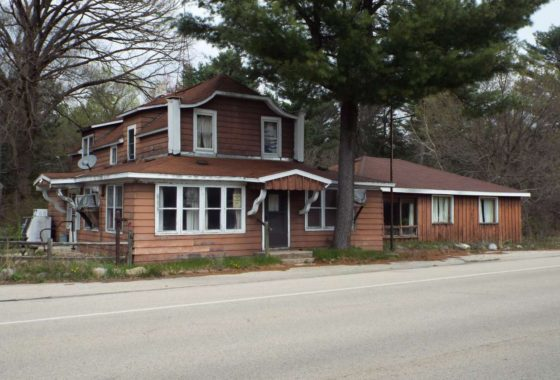 bars for sale in wisconsin, bar for sale, Oconto real estate for sale,Real estate for sale in Gillett Wisconsin, commercial real estate, for sale by owner, condos, house sale near me, condos for sale, commercial property for sale,
